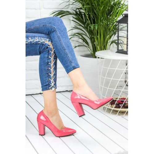 Amalda Coral Patent Leather Heels