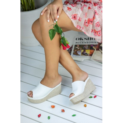Mulgo White Wedges Slippers