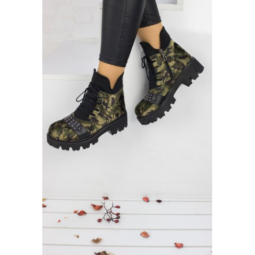 Lady Camouflage Boots