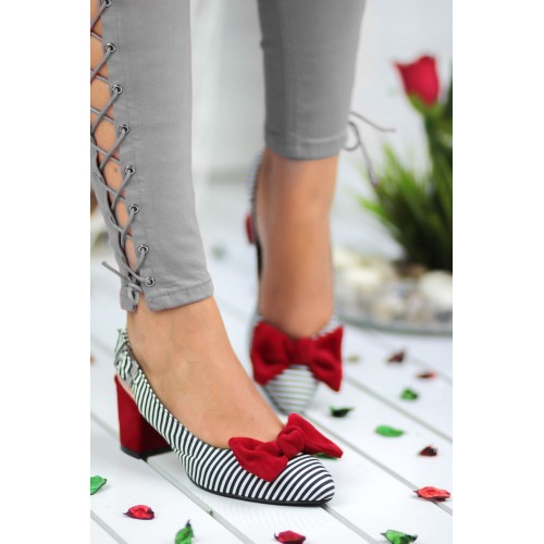 Alins Red Bow Heeled Shoes