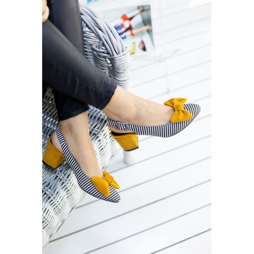 Alins Mustard Bow Heeled Shoes