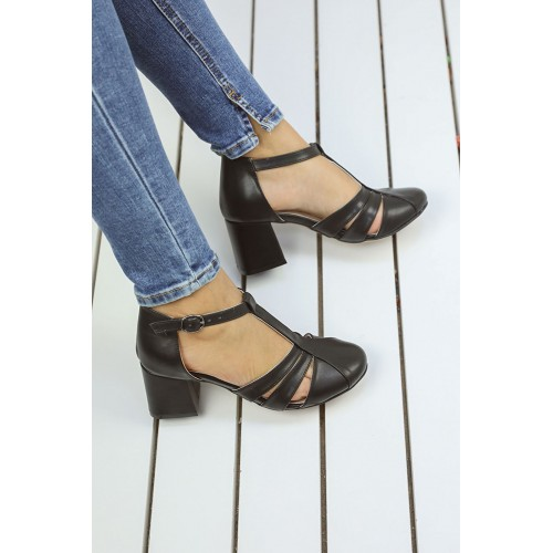 Angelita Black Heeled Shoes